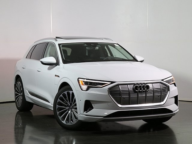 New 2019 Audi e-tron Premium Plus