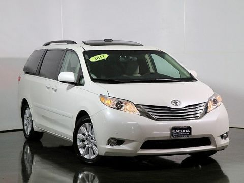 Pre-Owned 2011 Toyota Sienna Limited